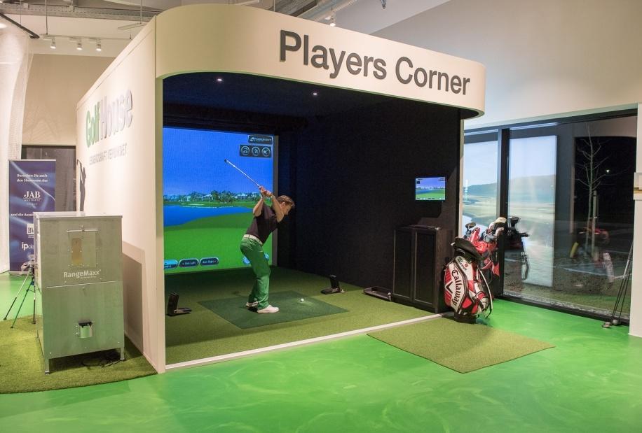 Im Foresight Golf-Simulator kann der Schwung genau analysiert werden