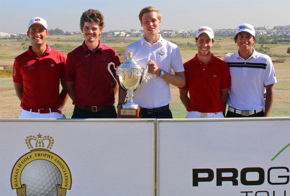 Die Zweitplatzierten Patrick Kopp, Pedro Figueiredo, Stanislas Gautier und Ahmed Marjane (v.l.) um Champion Christopher Carstensen