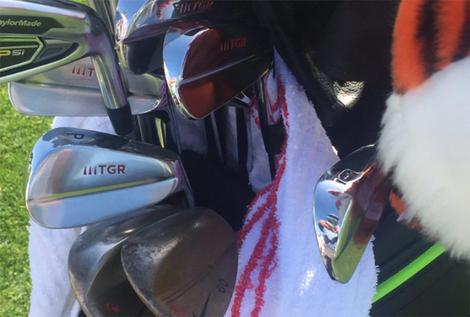 TGR Schläger in Tiger Woods' Golfbag (Screenshot: Twitter.com/kevinromangolf)