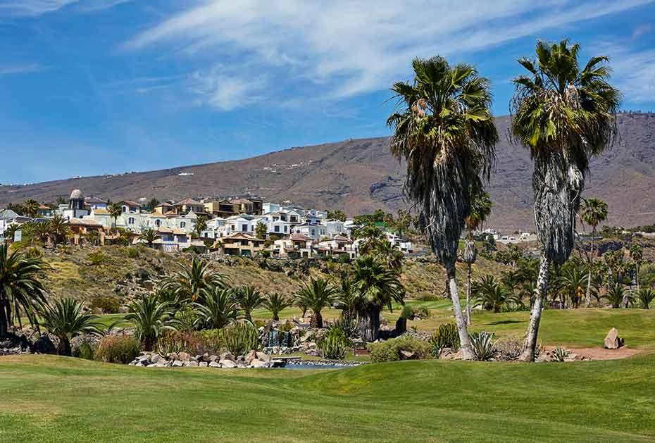 Der Los Lagos-Golfplatz zu Füßen des Hotels