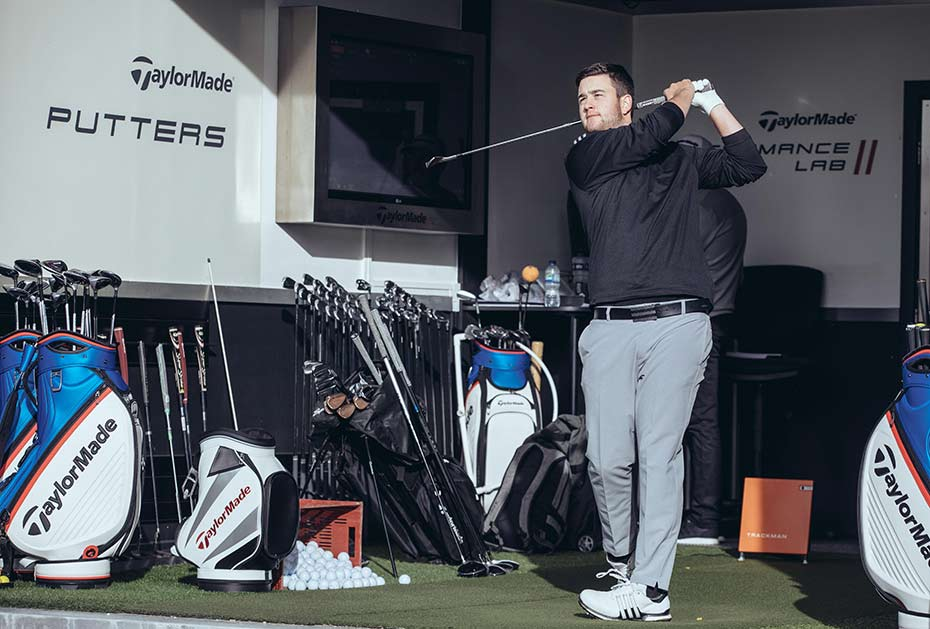 Max Schmitt im Performance Lab in Wentworth (Foto: TaylorMade)