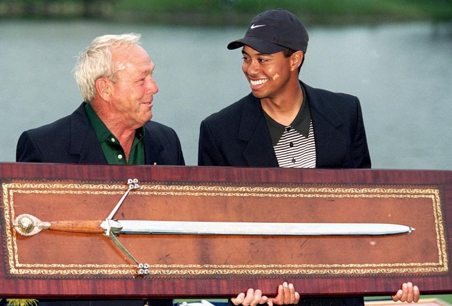 Tiger Woods gewinnt das Arnold Palmer Invitational 2000