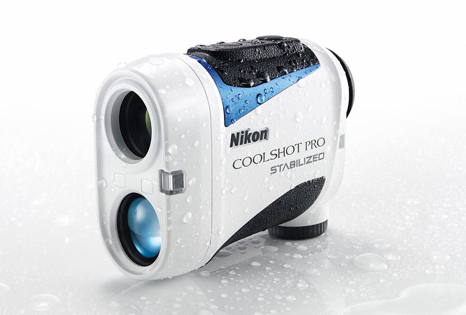 Nikon vereinfacht das Messen der Entfernung zur Fahne mit dem Coolshot Pro Stabilized gleich auf mehreren Ebenen