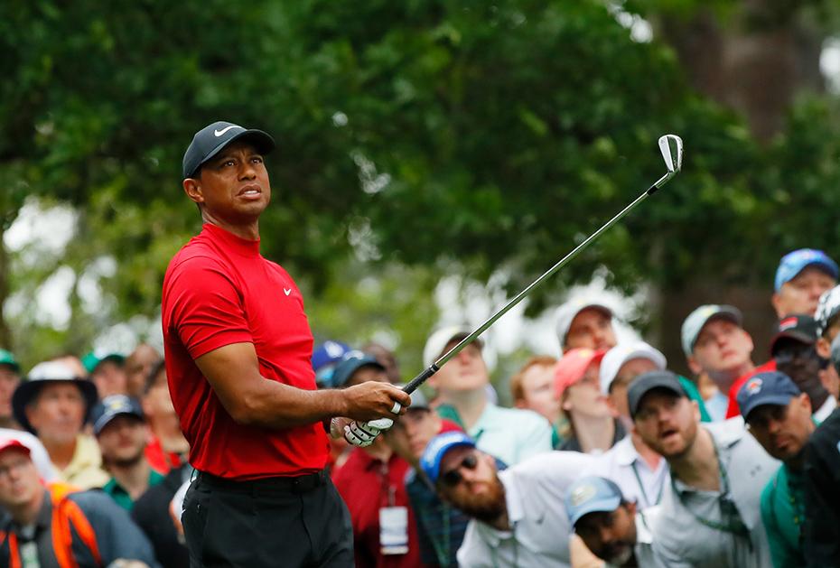 Kritischer Blick: Tiger Woods an Loch 4 (Magnolia)