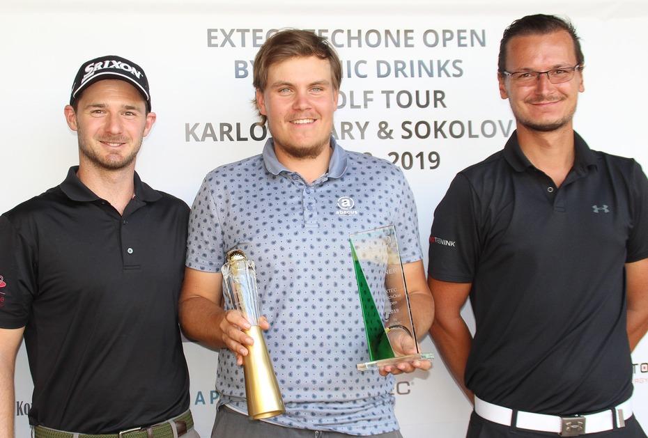 Das breiteste Grinsen: Sami Välimäki gewinnt vor Ondrej Lieser (Rechts) und David Heinzinger (Links)