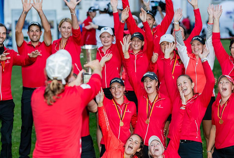 Die Damen des GC St. Leon-Rot setzten sich im Final Four der KRAMSKI DGL durch und holten Sieg bei den Deutschen Mannschaftsmeisterschaften (Foto: DGV/Tiess)