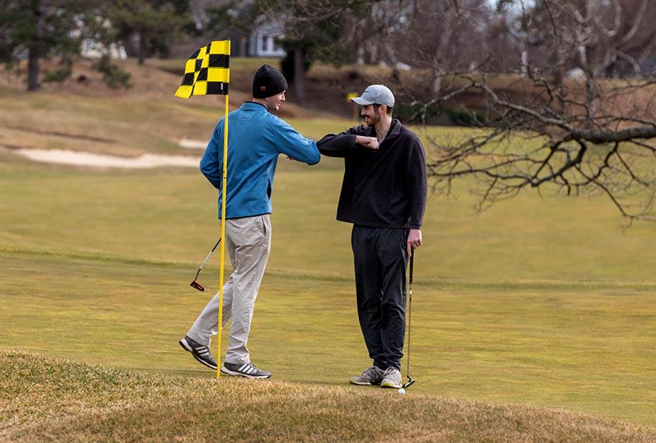 Die Briten dürfen weiter golfen