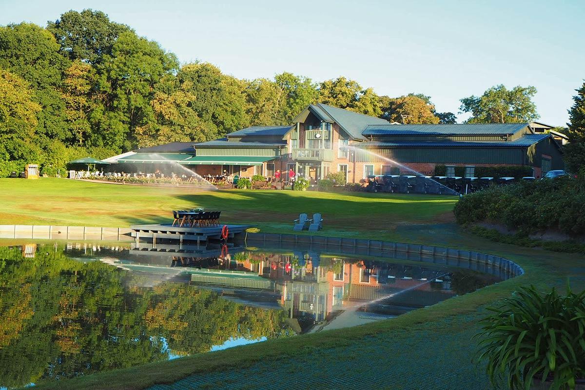 Gut Apeldör: 27-Loch-Top-Golfresort