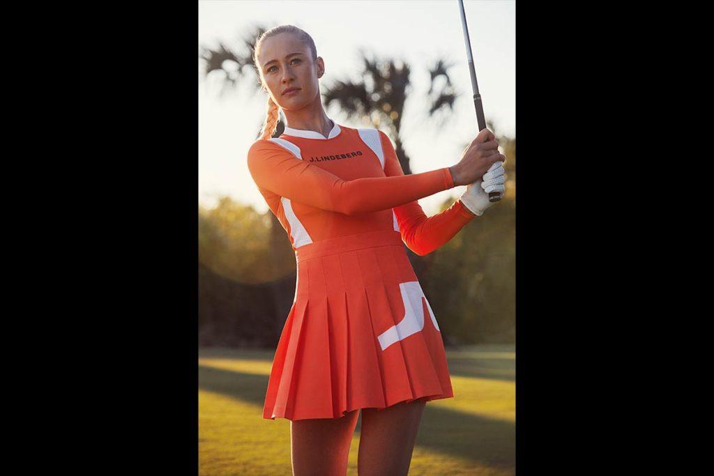 Unterteil – Naomi Golf Skirt in Tiger Orange; Preis: 120 €